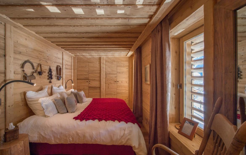 Kings-avenue-méribel-snow-hammam-swimming-pool-childfriendly-parking-cinema-boot-heaters-fireplace-ski-in-ski-out-wine-cellar-area-méribel-002-19