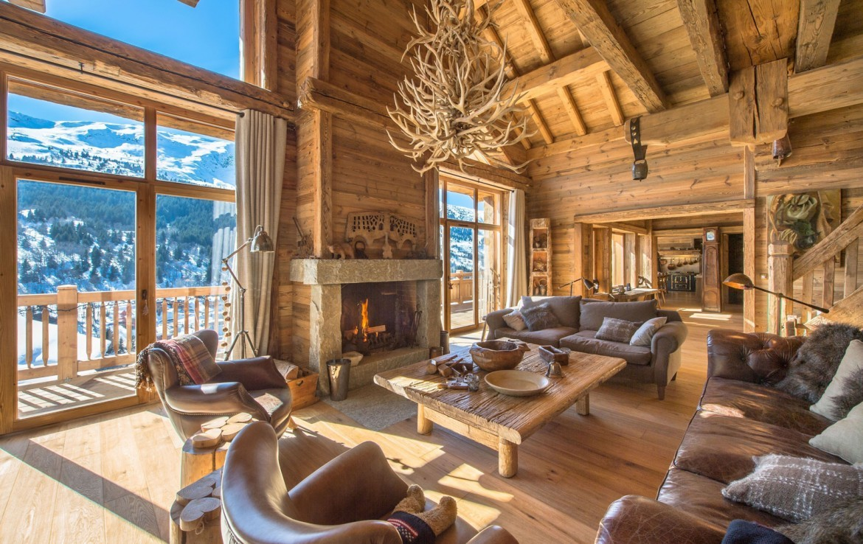 Kings-avenue-méribel-snow-hammam-swimming-pool-childfriendly-parking-cinema-boot-heaters-fireplace-ski-in-ski-out-wine-cellar-area-méribel-002-5
