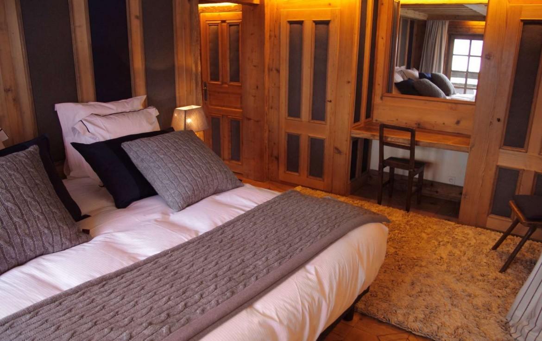 Kings-avenue-méribel-snow-sauna-jacuzzi-hammam-childfriendly-parking-fireplace-ski-in-helipad-area-méribel-014-15