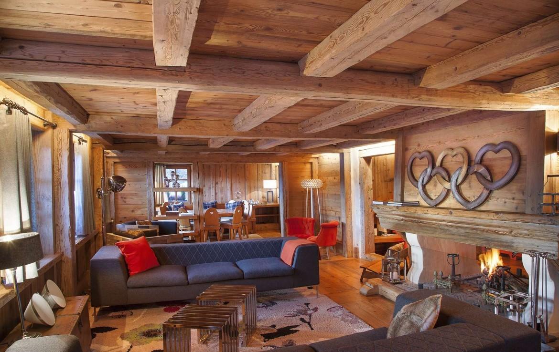 Kings-avenue-méribel-snow-sauna-jacuzzi-hammam-childfriendly-parking-fireplace-ski-in-helipad-area-méribel-014-6