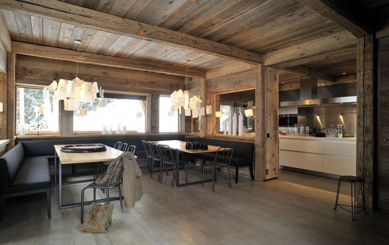 Kings-avenue-méribel-snow-sauna-jacuzzi-hammam-parking-boot-heaters-fireplace-ski-in-ski-out-sitting-room-garage-area-méribel-001-11