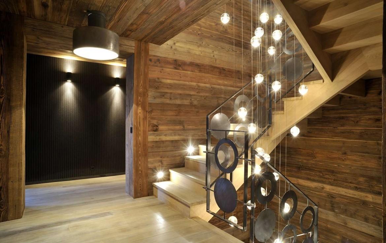 Kings-avenue-méribel-snow-sauna-jacuzzi-hammam-parking-boot-heaters-fireplace-ski-in-ski-out-sitting-room-garage-area-méribel-001-13