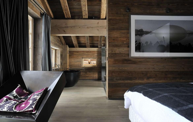 Kings-avenue-méribel-snow-sauna-jacuzzi-hammam-parking-boot-heaters-fireplace-ski-in-ski-out-sitting-room-garage-area-méribel-001-14