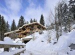 Kings-avenue-méribel-snow-sauna-jacuzzi-hammam-parking-boot-heaters-fireplace-ski-in-ski-out-sitting-room-garage-area-méribel-001
