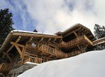 Kings-avenue-méribel-snow-sauna-jacuzzi-hammam-parking-boot-heaters-fireplace-ski-in-ski-out-sitting-room-garage-area-méribel-001-2