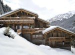 Kings-avenue-méribel-snow-sauna-jacuzzi-hammam-parking-boot-heaters-fireplace-ski-in-ski-out-sitting-room-garage-area-méribel-001-3