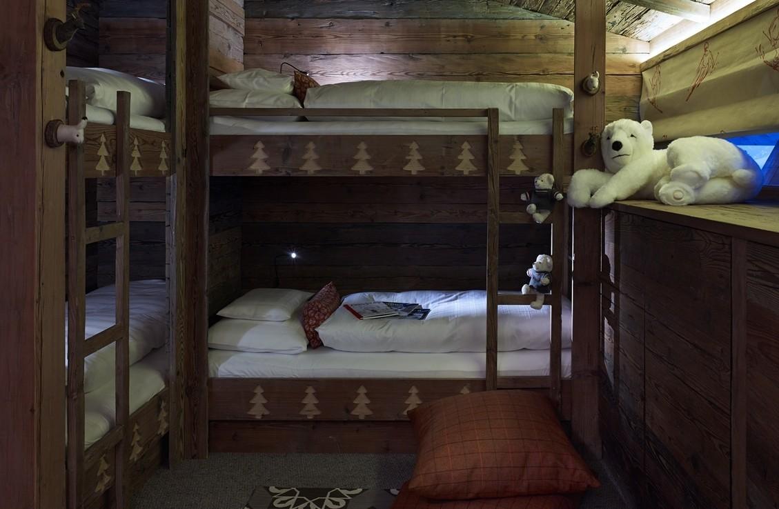 Kings-avenue-st-anton-snow-sauna-hammam-childfriendly-cinema-fireplace-ski-in-shared-pool-spa-south-facing-balconies-area-st-anton-007-18