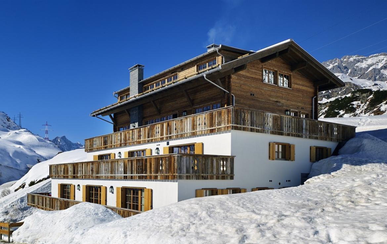 Kings-avenue-st-anton-snow-sauna-hammam-childfriendly-cinema-fireplace-ski-in-shared-pool-spa-south-facing-balconies-area-st-anton-007-3