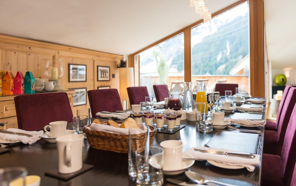 Kings-avenue-st-anton-snow-tv-wifi-sauna-jacuzzi-hammam-swimming-pool-childfriendly-boot-heaters-fireplace-massage-room-cinema-rooftop-balcony-area-st-anton-004-8