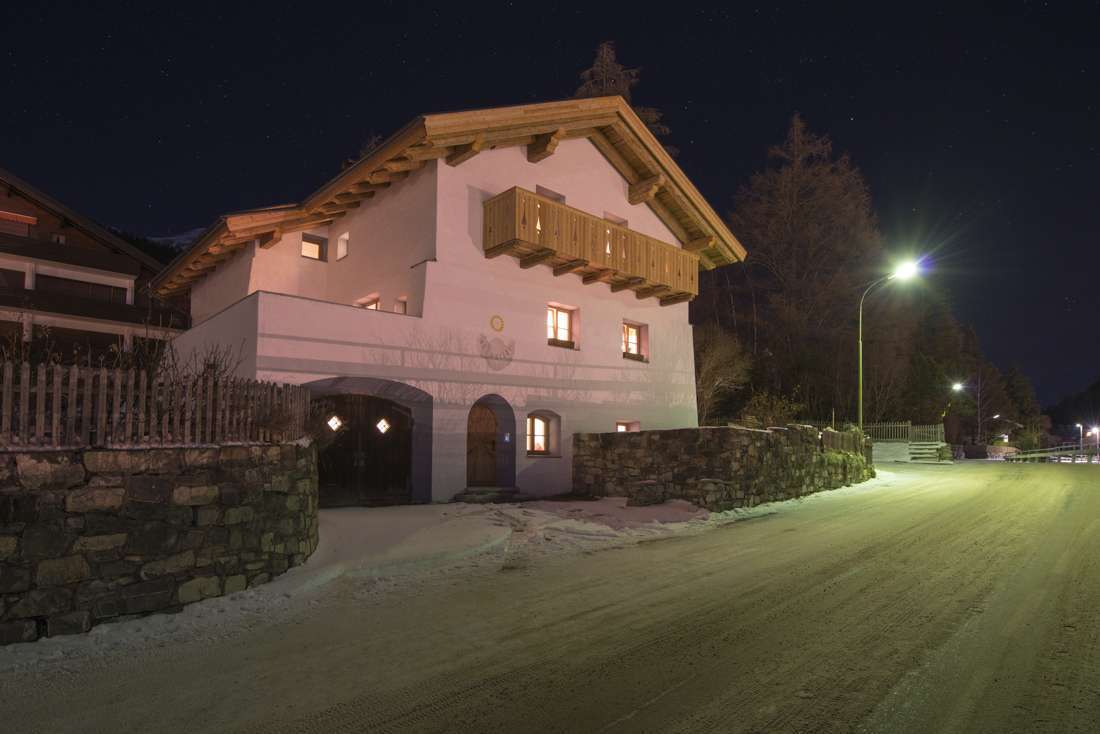 Kings-avenue-st-anton-snow-tv-wifi-tv-hifi-childfriendly-parking-boot-heaters-fireplace-cinema-area-st-anton-003-3