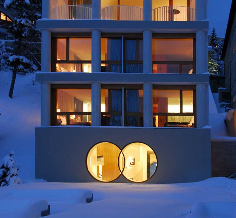 Kings-avenue- St-moritz-sauna-jacuzzi-hammam-childfriendly-parking-gym-fireplace-massage-room-area-st-moritz-001-3