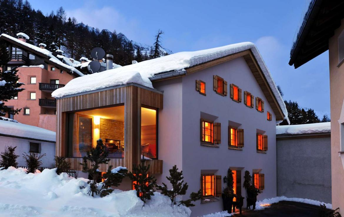 Kings-avenue- St-moritz-wifi-sauna-hammam-childfriendly-cinema-gym-fireplace-wii-kitesurfing-area-st-moritz-012-3