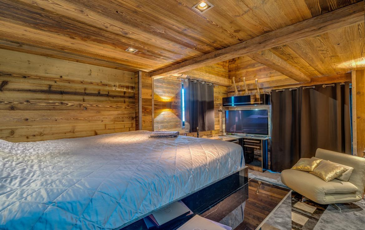 Kings-avenue-val-disere-snow-chalet-sauna-childfriendly-study-fireplace-games-room-parking-val-disere-025-14