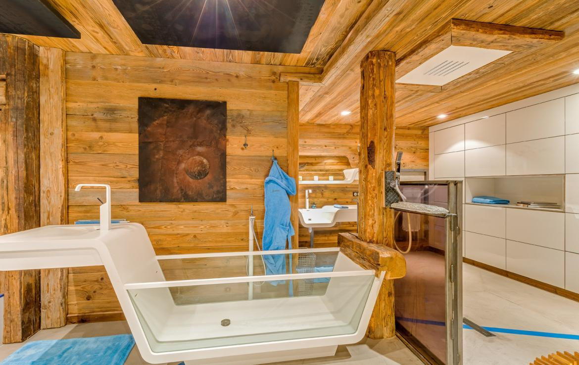 Kings-avenue-val-disere-snow-chalet-sauna-childfriendly-study-fireplace-games-room-parking-val-disere-025-17