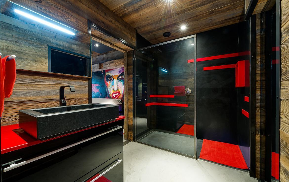 Kings-avenue-val-disere-snow-chalet-sauna-childfriendly-study-fireplace-games-room-parking-val-disere-025-24