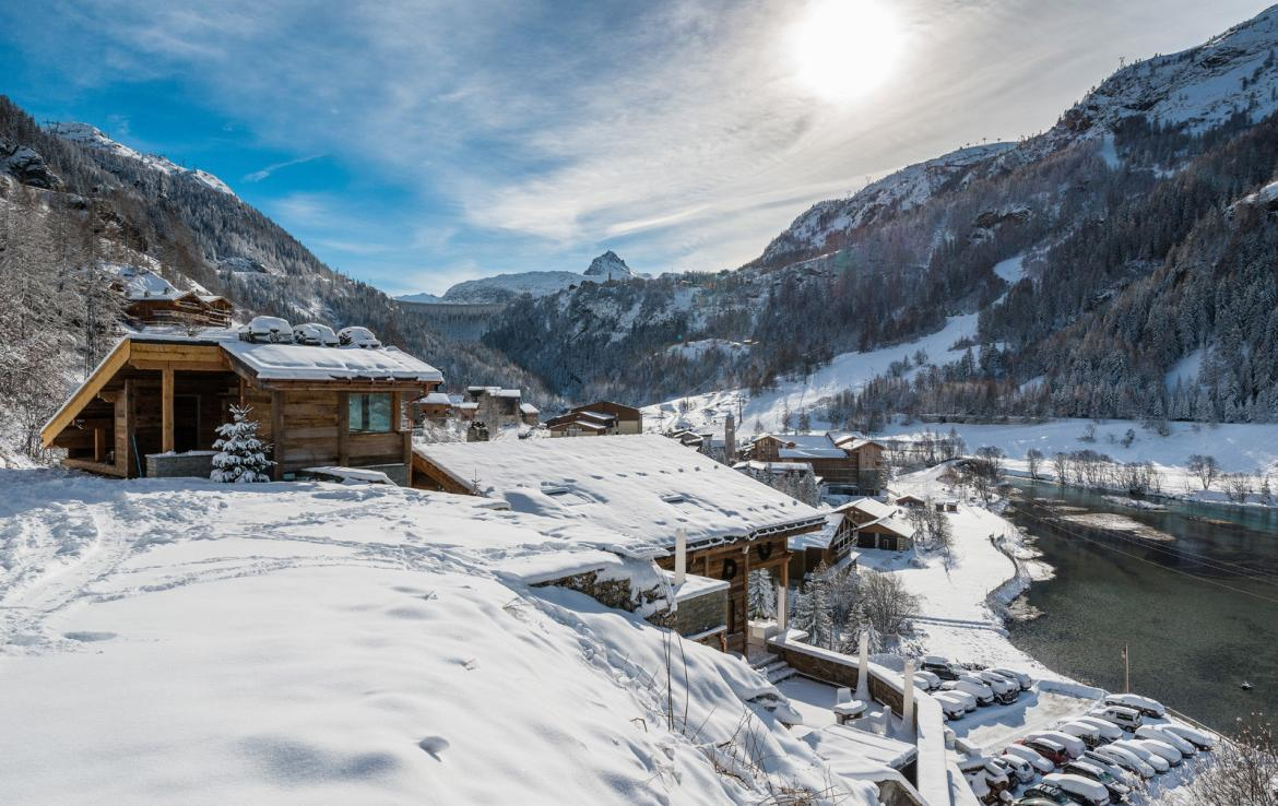Kings-avenue-val-disere-snow-chalet-sauna-childfriendly-study-fireplace-games-room-parking-val-disere-025-5