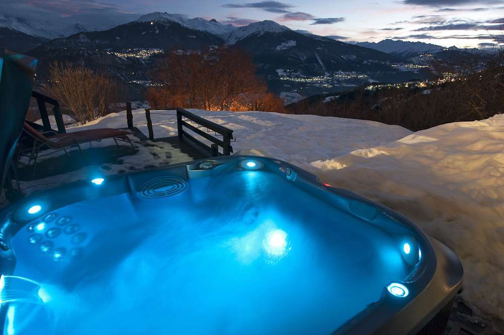 Kings-avenue-various-alpine-resorts-snow-chalet-sauna-childfriendly-study-fireplace-games-room-parking-crans-montana-004-11