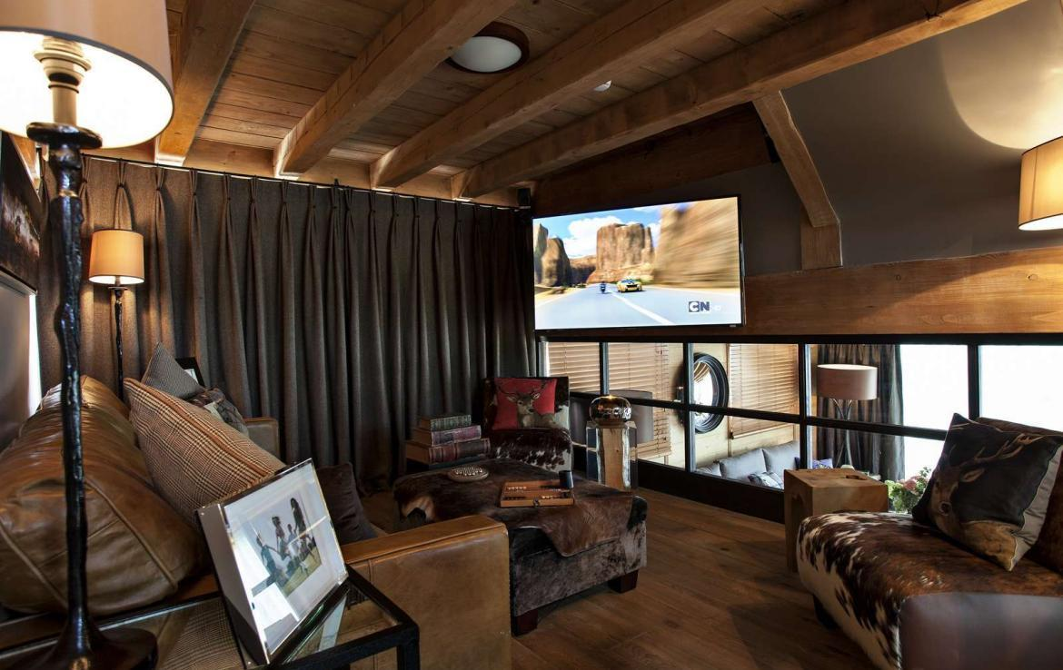 Kings-avenue-various-alpine-resorts-snow-chalet-sauna-gym-parking-childfriendly-grand-piano-fireplace-les-gets-001-11