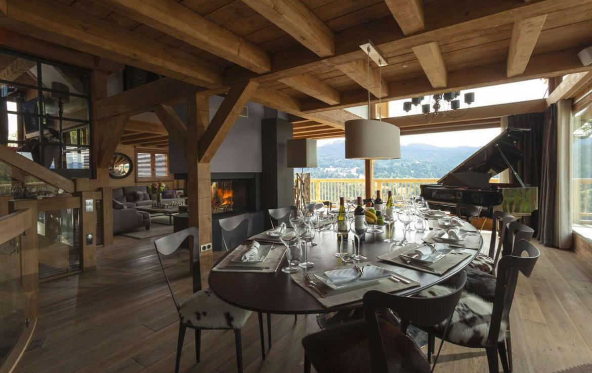 Kings-avenue-various-alpine-resorts-snow-chalet-sauna-gym-parking-childfriendly-grand-piano-fireplace-les-gets-001-7