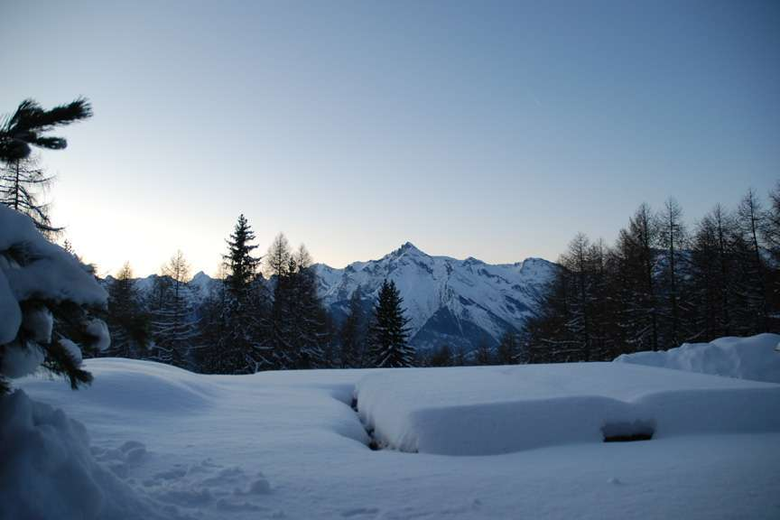 Kings-avenue-various-alpine-resorts-snow-chalet-sauna-outdoor-jacuzzi-childfriendly-hammam-les-4-vallees-001-9