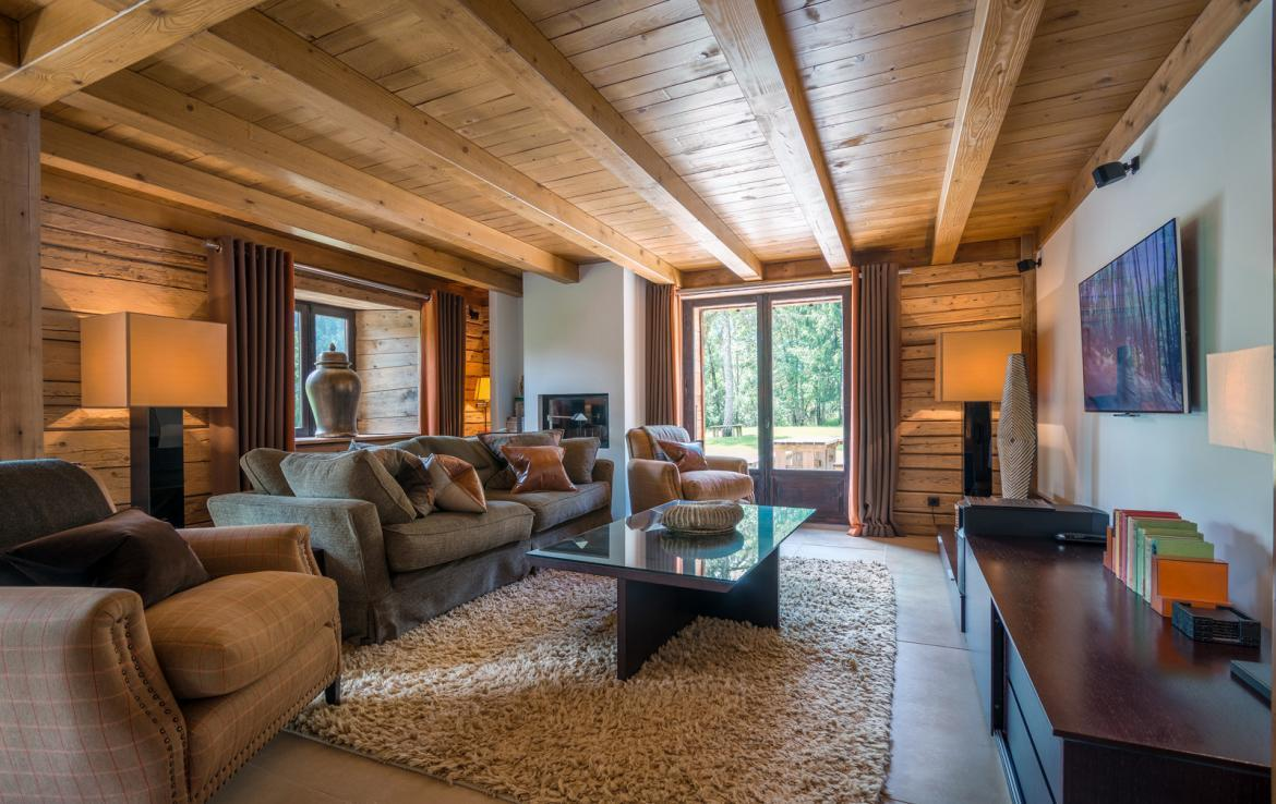 Kings-avenue-various-alpine-resorts-snow-chalet-sauna-outdoor-jacuzzi-childfriendly-parking-fireplace-les-gets-001-10