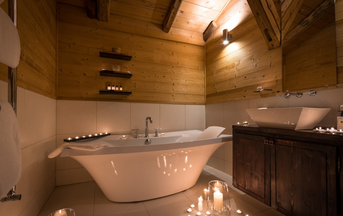 Kings-avenue-various-alpine-resorts-snow-chalet-sauna-outdoor-jacuzzi-childfriendly-parking-fireplace-les-gets-001-14