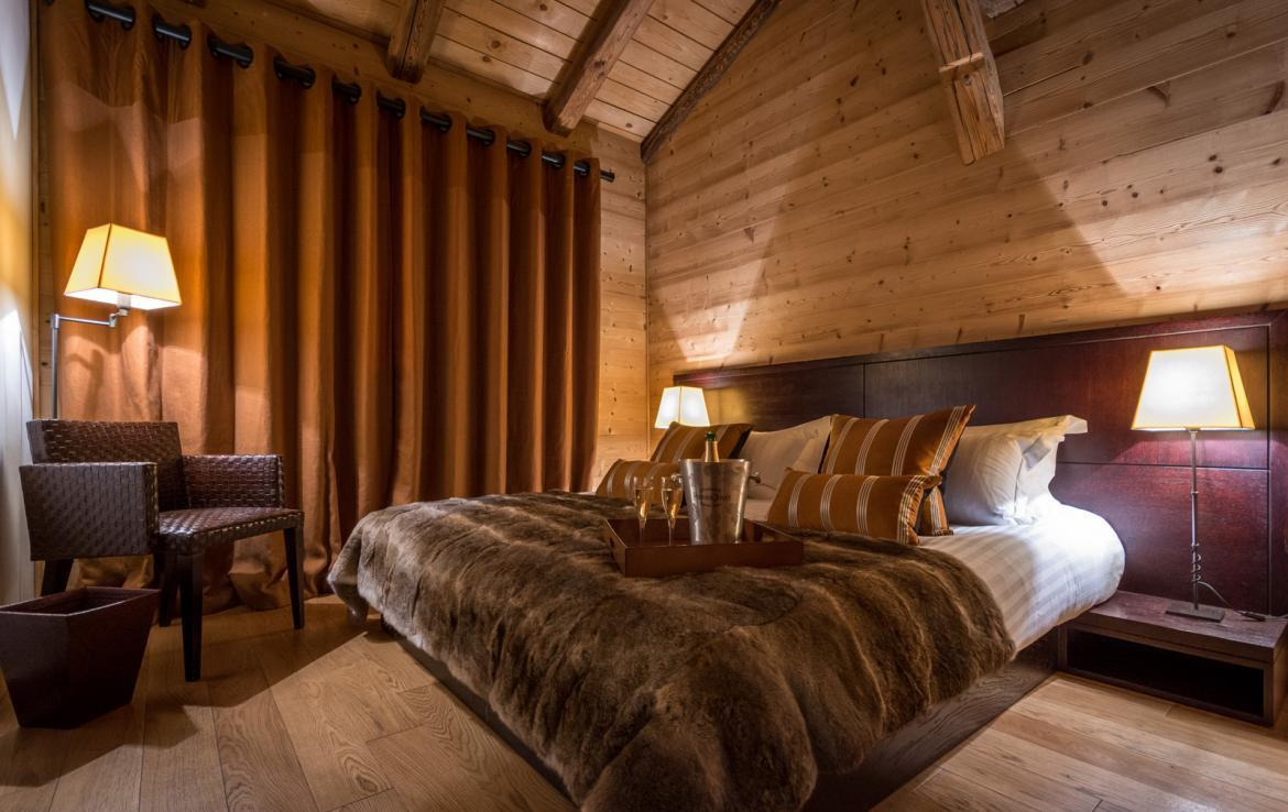 Kings-avenue-various-alpine-resorts-snow-chalet-sauna-outdoor-jacuzzi-childfriendly-parking-fireplace-les-gets-001-16