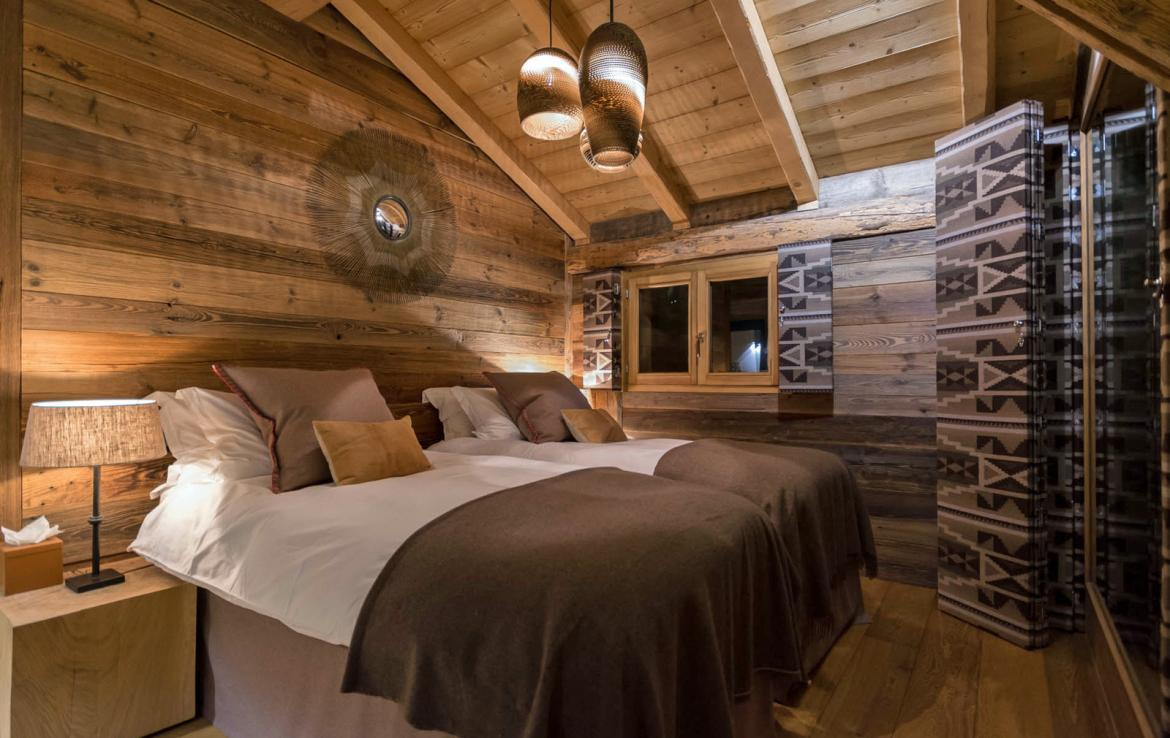 Kings-avenue-various-alpine-resorts-snow-chalet-sauna-outdoor-jacuzzi-fireplace-childfriendly-parking-les-gets-002-16