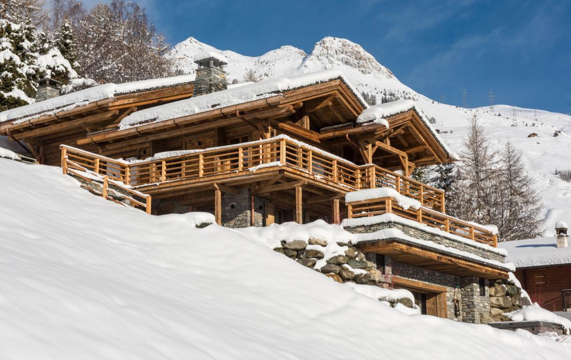Kings-avenue-verbier-snow-chalet-childfriendly-parking-wine-cave-fireplace-018-1