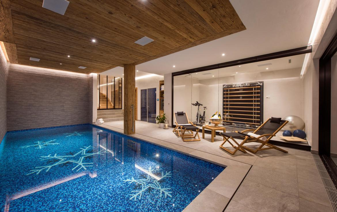 Kings-avenue-verbier-snow-chalet-childfriendly-parking-wine-cave-fireplace-018-10