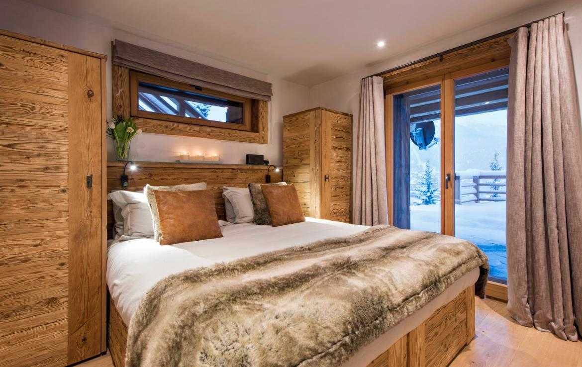 Kings-avenue-verbier-snow-chalet-childfriendly-parking-wine-cave-fireplace-018-18