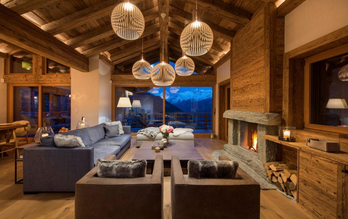 Kings-avenue-verbier-snow-chalet-childfriendly-parking-wine-cave-fireplace-018-3