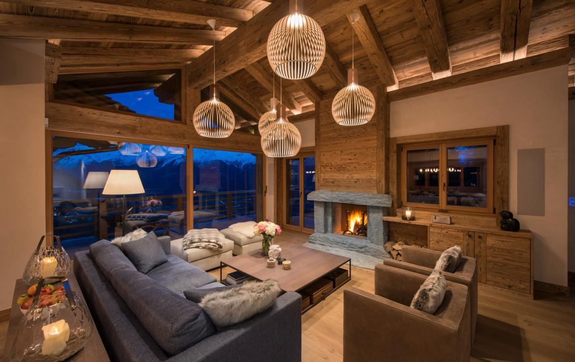 Kings-avenue-verbier-snow-chalet-childfriendly-parking-wine-cave-fireplace-018-5