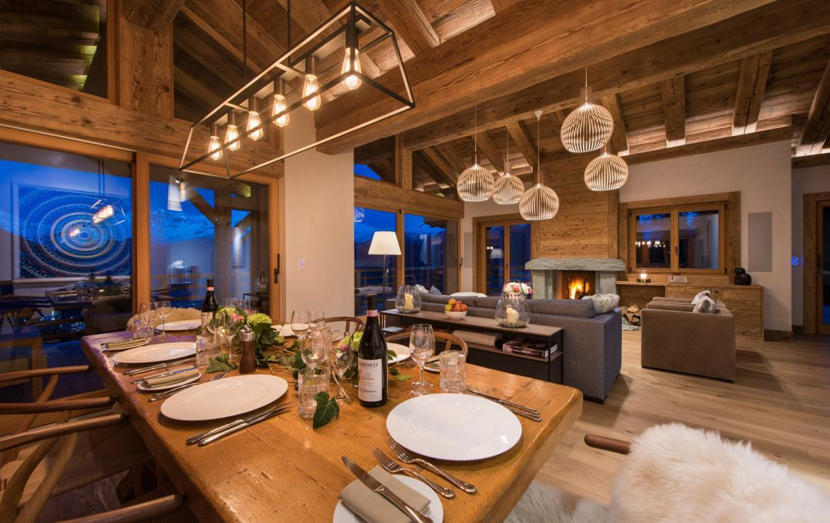 Kings-avenue-verbier-snow-chalet-childfriendly-parking-wine-cave-fireplace-018-7