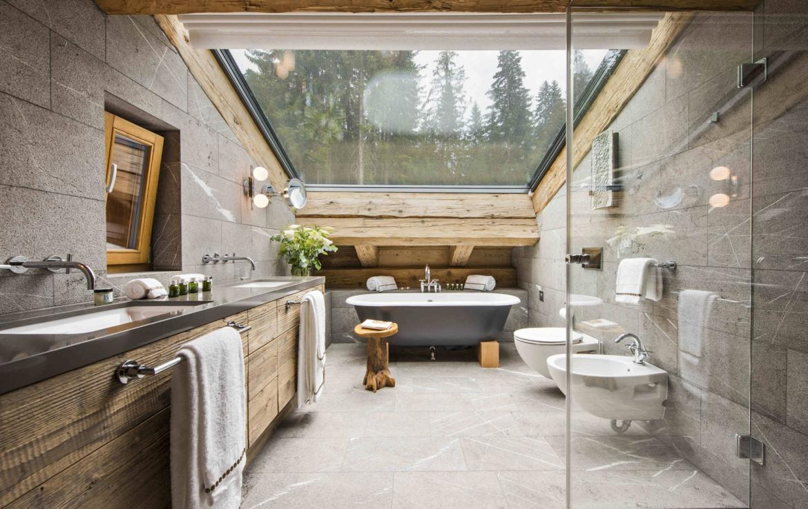 Kings-avenue-verbier-snow-chalet-fireplace-childfriendly-ski-in-ski-out-balconies-017-20