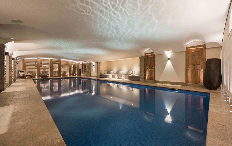 Kings-avenue-verbier-snow-chalet-hammam-cinema-boot-heaters-fireplace-swimming-pool-007-10
