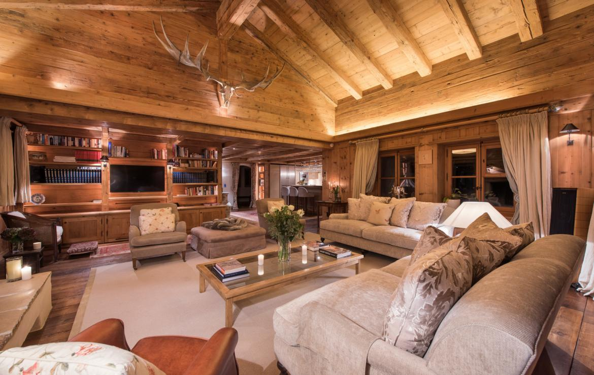 Kings-avenue-verbier-snow-chalet-hammam-swimming-pool-boot-heaters-fireplace-cinema-005-13
