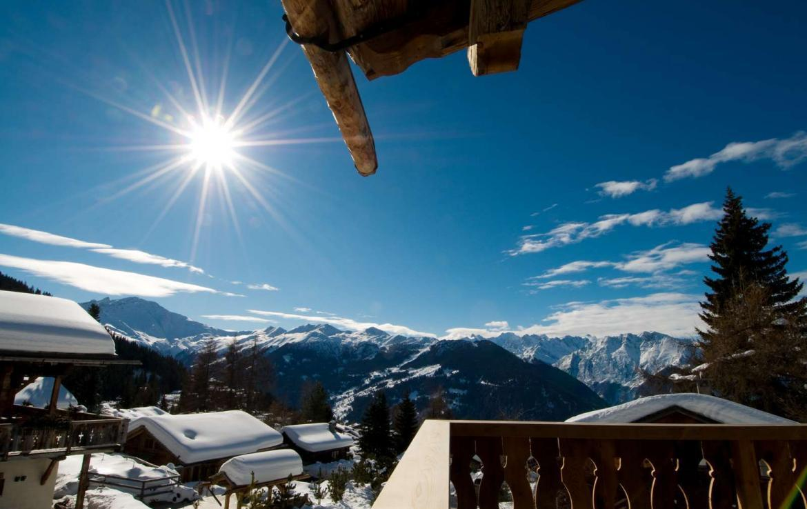 Kings-avenue-verbier-snow-chalet-hammam-swimming-pool-boot-heaters-fireplace-cinema-005-2