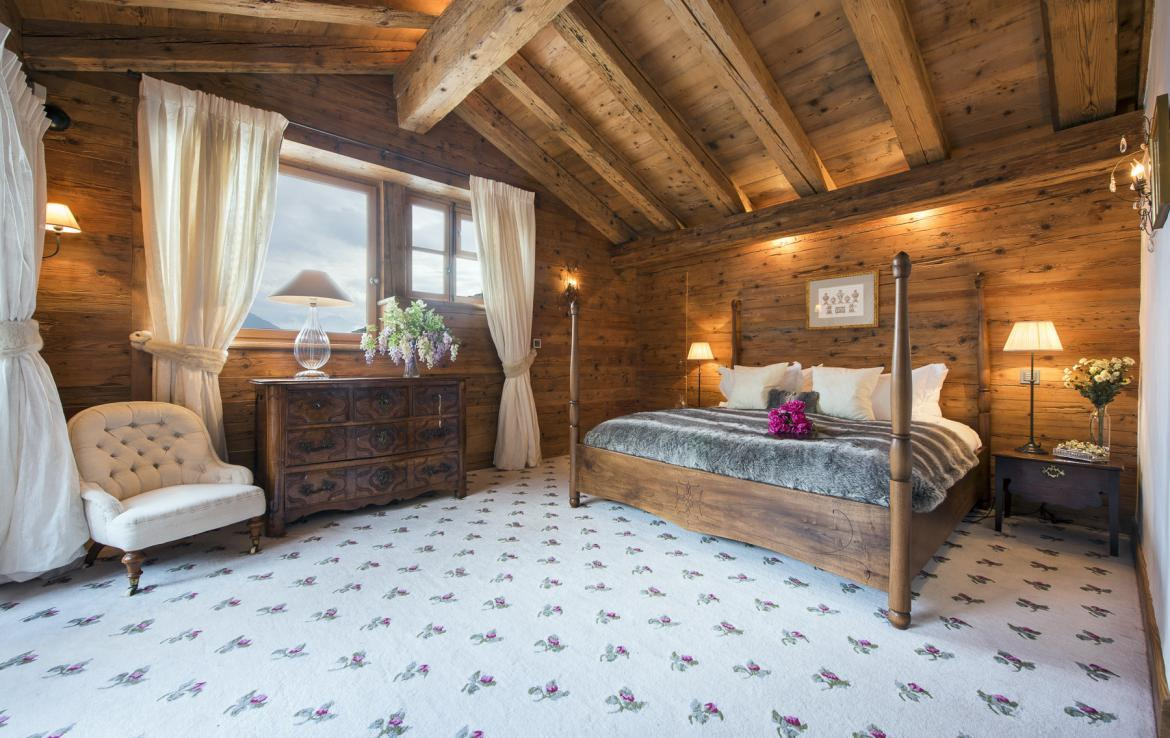 Kings-avenue-verbier-snow-chalet-hammam-swimming-pool-boot-heaters-fireplace-cinema-005-21