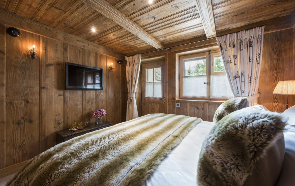 Kings-avenue-verbier-snow-chalet-hammam-swimming-pool-boot-heaters-fireplace-cinema-005-31