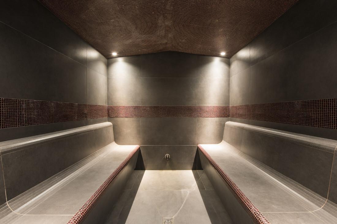 Kings-avenue-verbier-snow-chalet-hammam-swimming-pool-childfriendly-parking-cinema-026-12