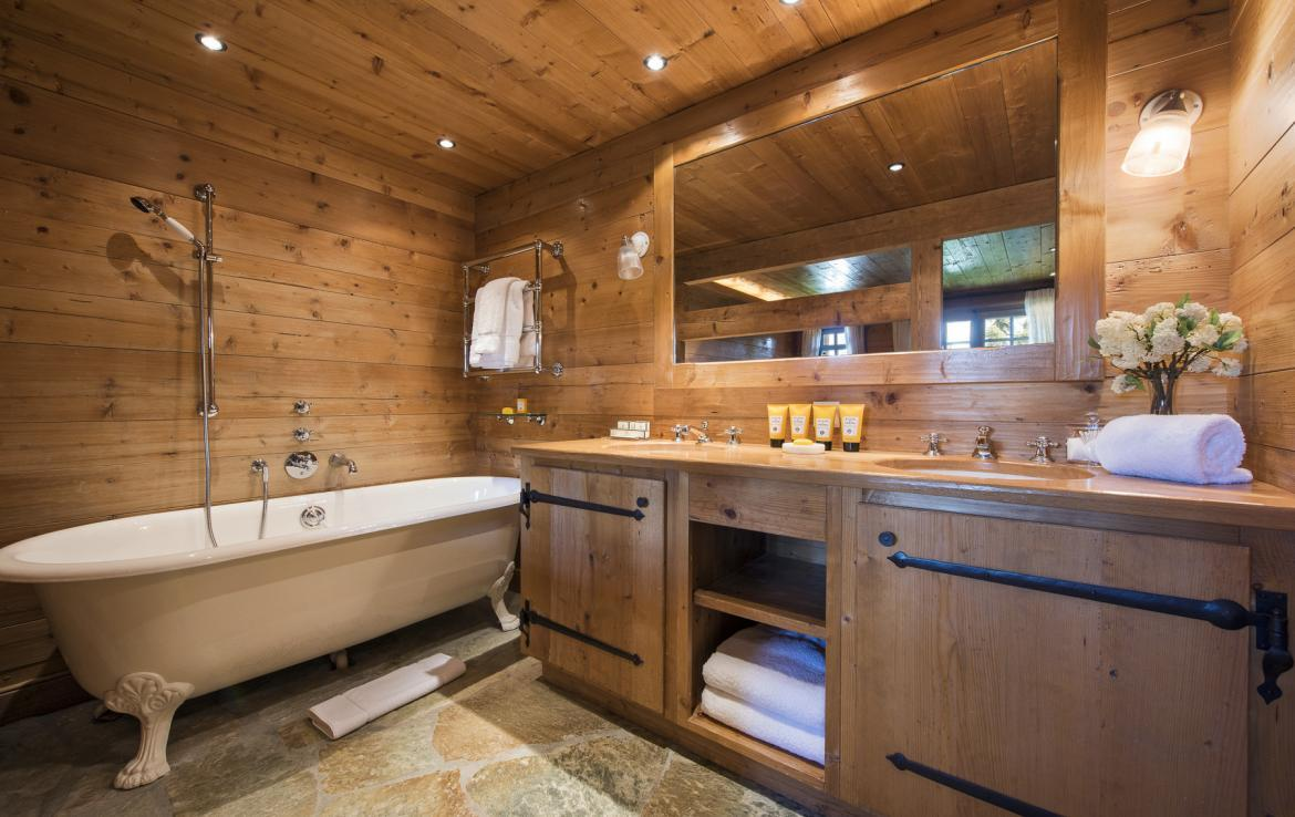 Kings-avenue-verbier-snow-chalet-outdoor-jacuzzi-childfriendly-fireplace-021-16