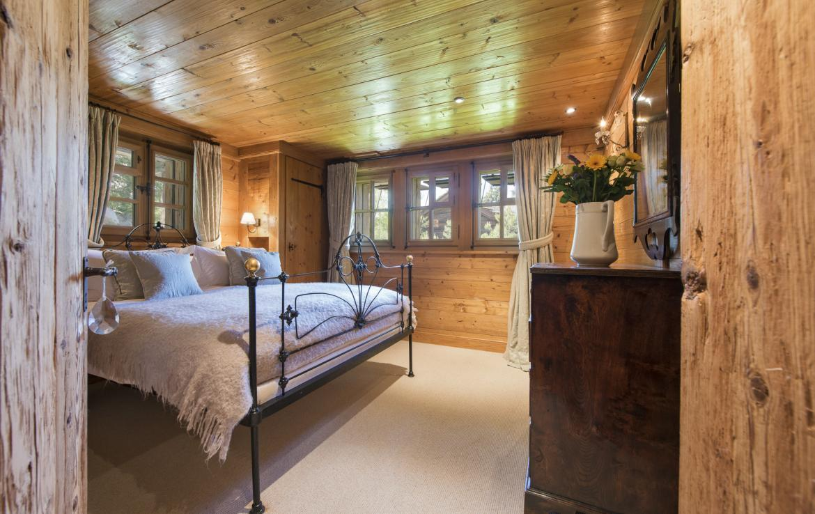 Kings-avenue-verbier-snow-chalet-outdoor-jacuzzi-childfriendly-fireplace-021-17