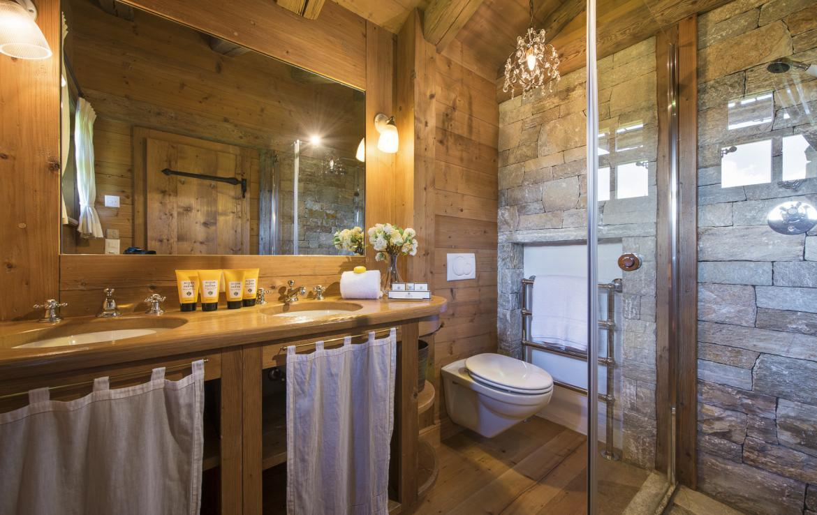 Kings-avenue-verbier-snow-chalet-outdoor-jacuzzi-childfriendly-fireplace-021-22