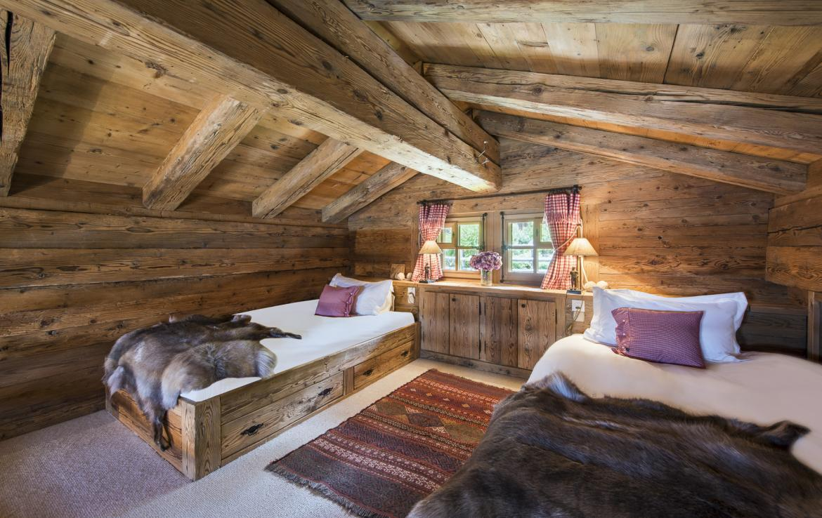 Kings-avenue-verbier-snow-chalet-outdoor-jacuzzi-childfriendly-fireplace-021-23