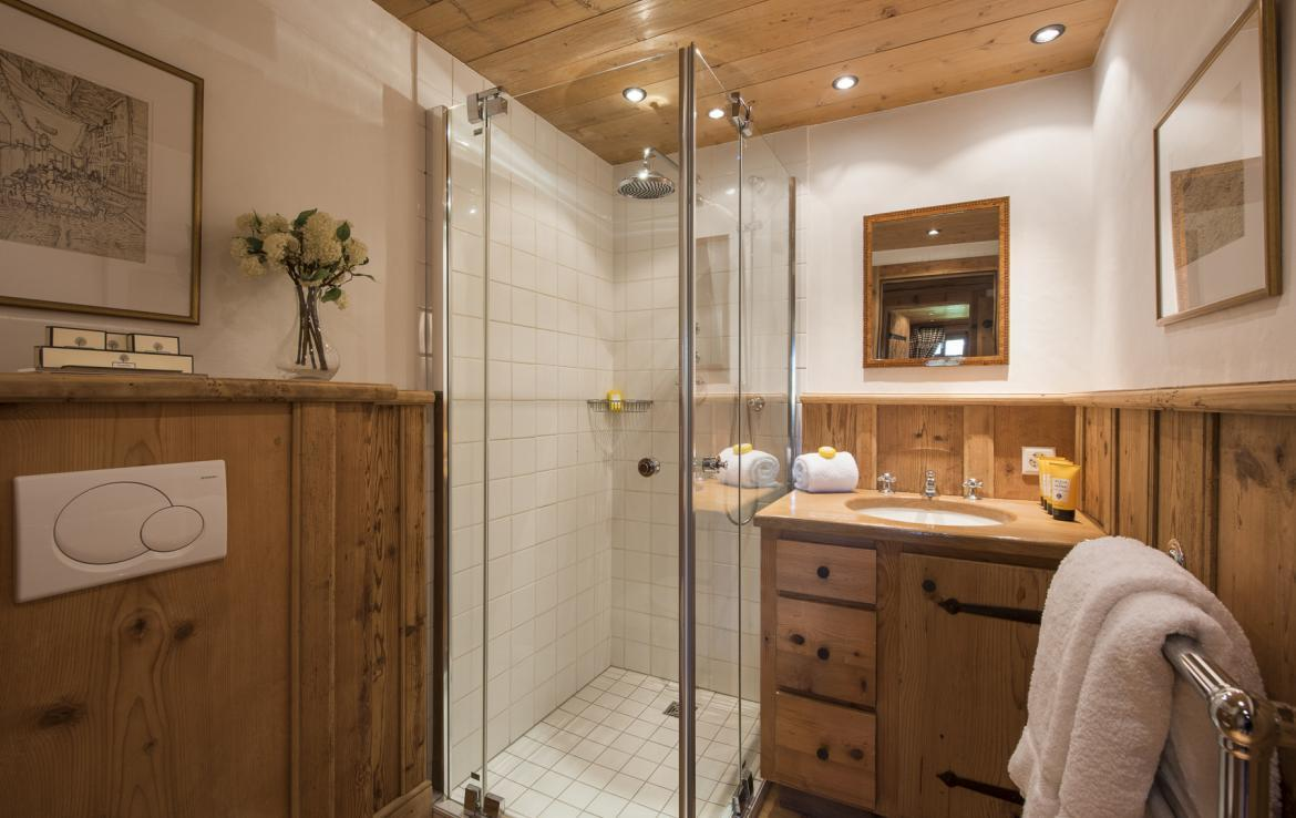 Kings-avenue-verbier-snow-chalet-outdoor-jacuzzi-childfriendly-fireplace-021-24