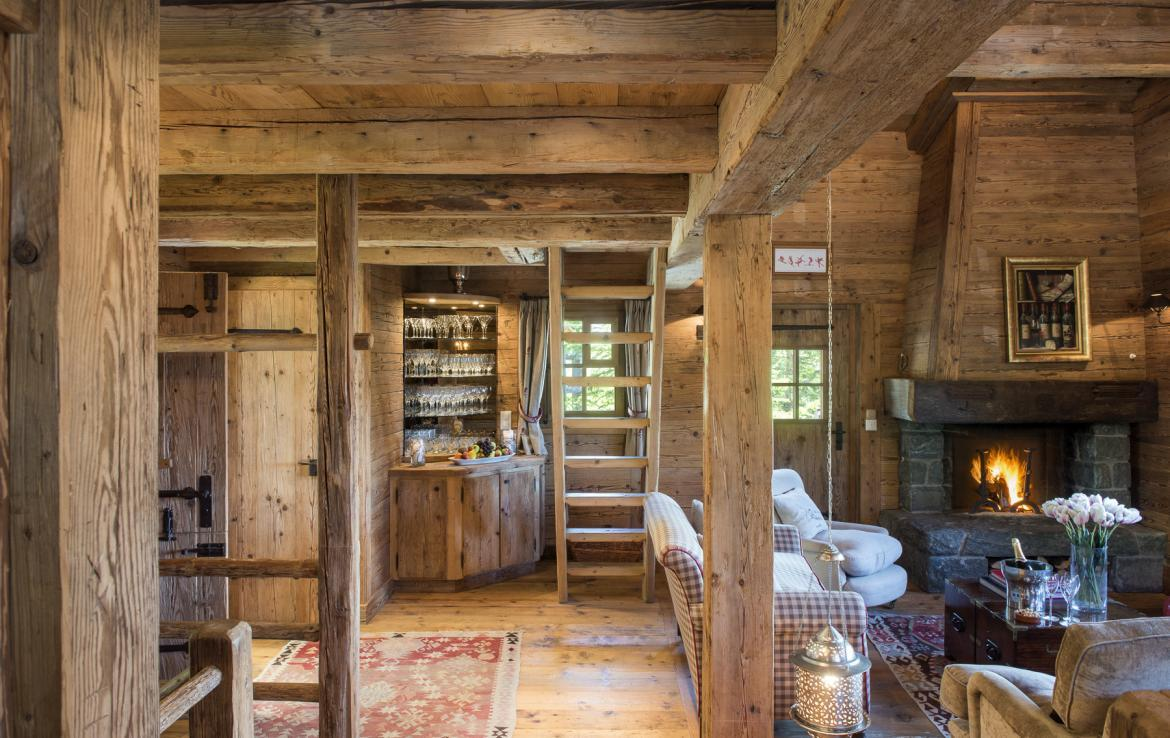 Kings-avenue-verbier-snow-chalet-outdoor-jacuzzi-childfriendly-fireplace-021-9