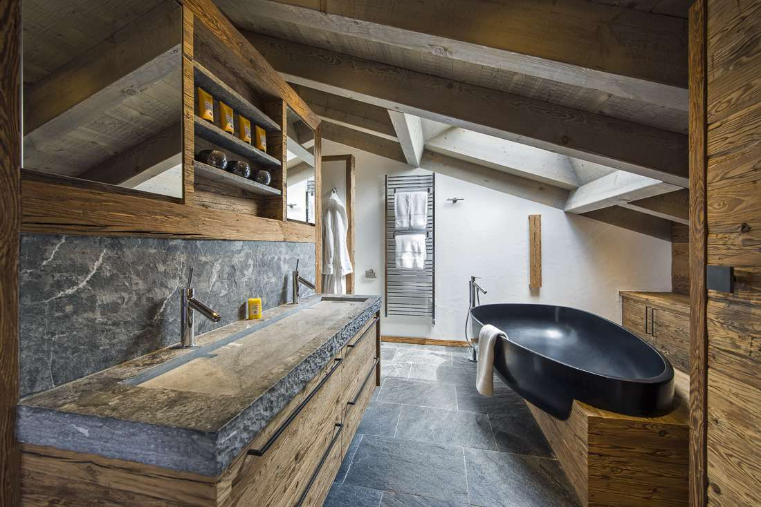 Kings-avenue-verbier-snow-chalet-outdoor-jacuzzi-childfriendly-fireplace-040-10