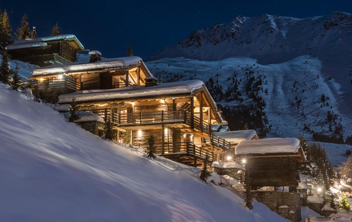 Kings-avenue-verbier-snow-chalet-outdoor-jacuzzi-cinema-boot-heaters-hammam-childfriendly-012-1