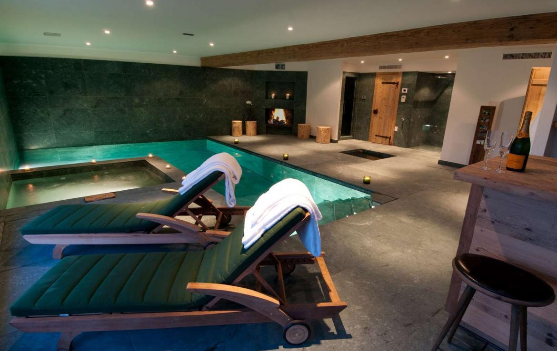 Kings-avenue-verbier-snow-chalet-sauna-hammam-swimming-pool-fireplace-wine-cellar-010-10